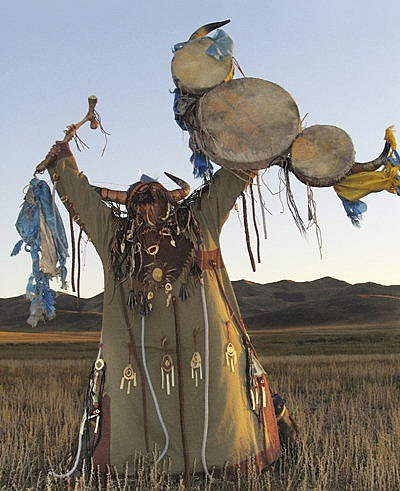 A World of Healing The Mesa in Peruvian Shamanism by